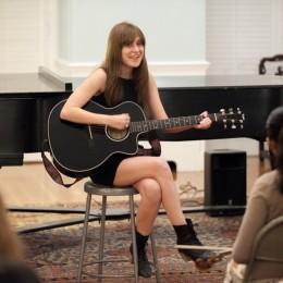A music star says farewell to Dana Hall